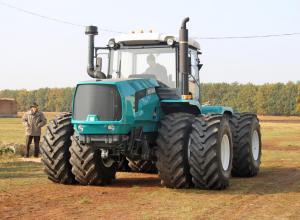XTZ-242К.20, XTZ-243К.20, XTZ-280 tractive tests held.