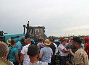 XTZ tractors took part in LOZOVA MACHINERY event