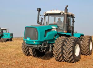 Проведено тягові випробування тракторів ХТЗ-242К.20, ХТЗ-243К.20, ХТЗ-280