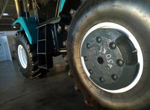 ХТЗ представив варіанти баластування тракторів